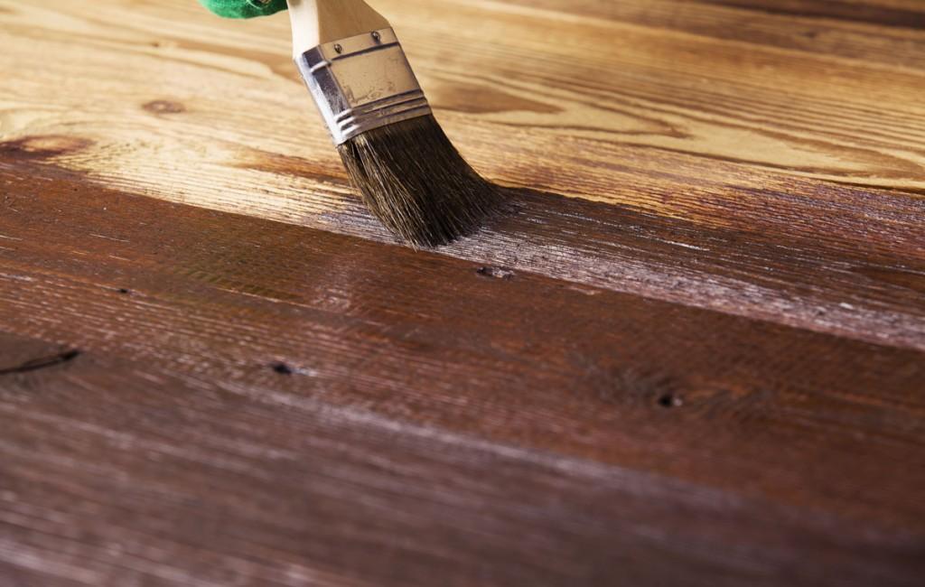 Jak malować lakierobejcą?