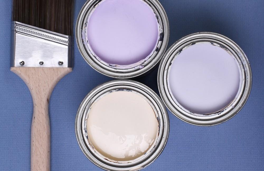 Brudne ściany to przeszłość, poznaj zalety farby akrylowej